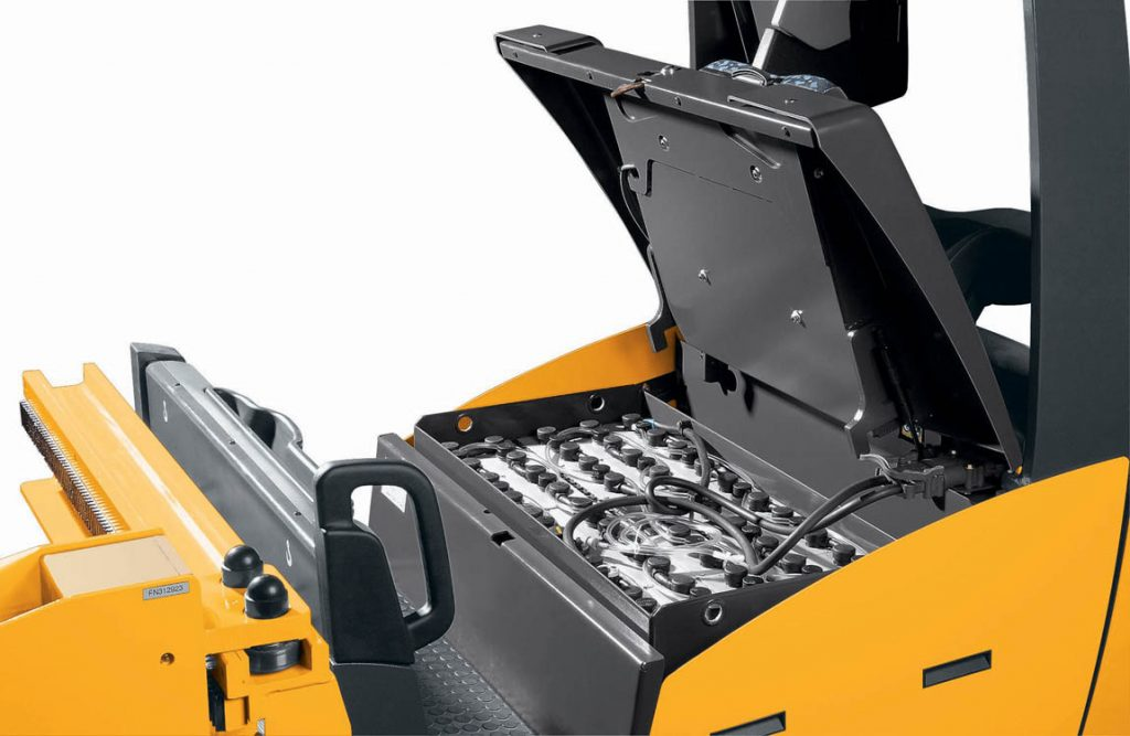 How to Charge an Electric Forklift Battery – GW Equipment